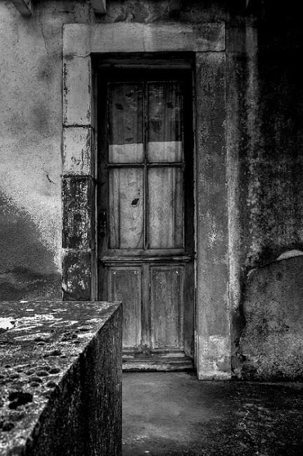 J'adore les portes closes