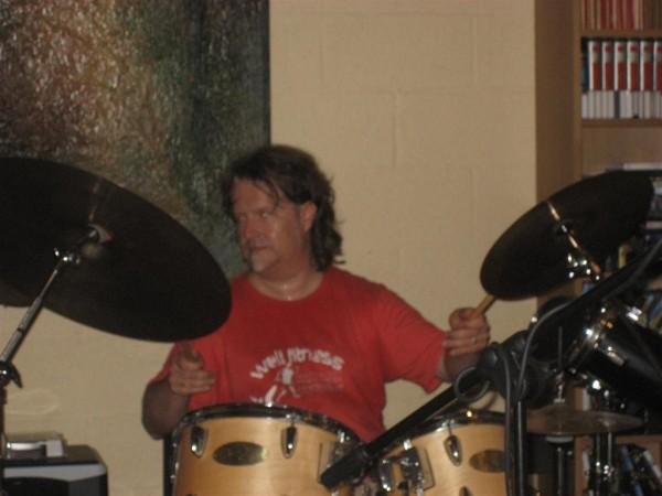Léopold on drums