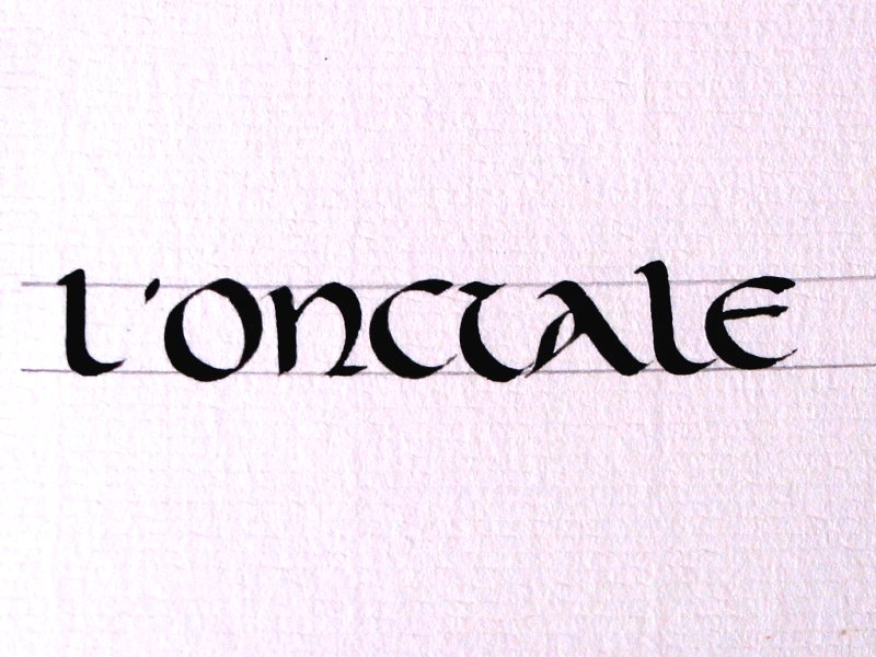 onciale